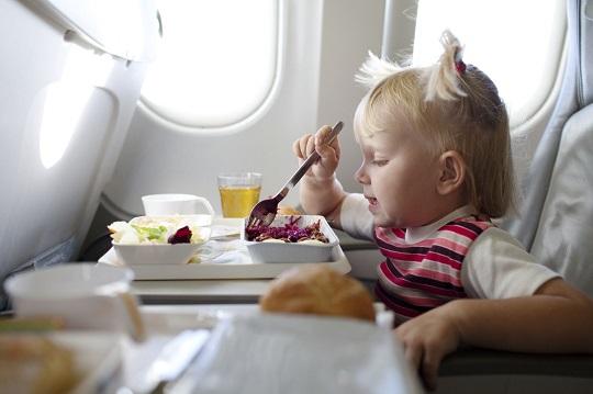 در مسافرت با کودک برای رفتن به رستوران های لوکس عذاب نکشید