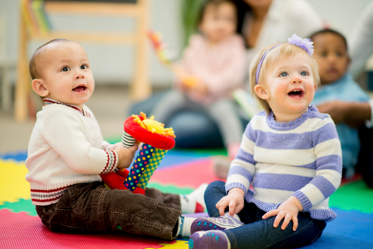نقاط عطف رشد کودکان نوپا