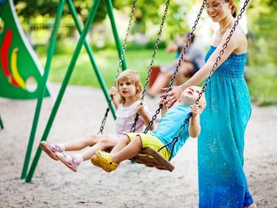 آموزش مهارت دوست یابی به کودکان