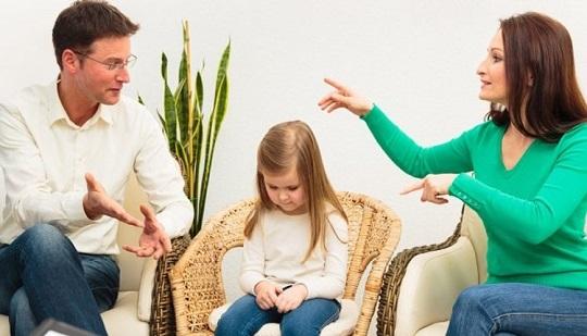 خصوصیات بچه های طلاق