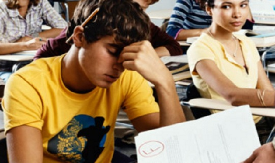 بهترین روش برای رفع مشکل افت درسی نوجوانان
