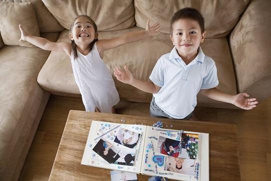 درست کردن عکسهای هنری و آلبوم عکس با بچه ها