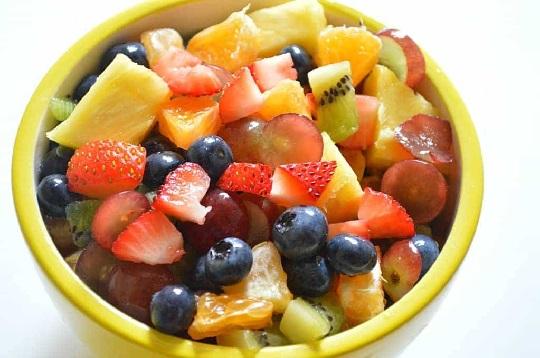 سالاد میوه برای بچه ها