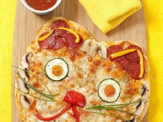 پیتزا غذای کودک پسند