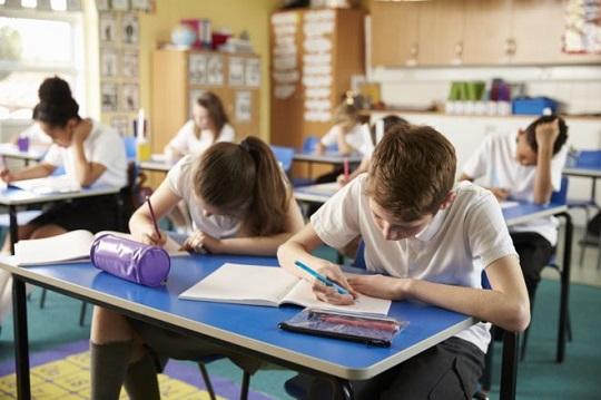 ساکت کردن کلاس و کنترل و مدیریت کلاس درس