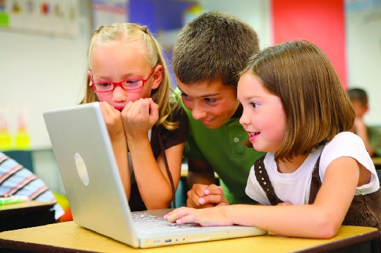 استفاده کودک از تکنولوژی