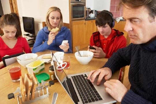 والدین و تکنولوژی